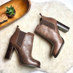 Sam Edelman | Kenner Heeled Booties with Elastics